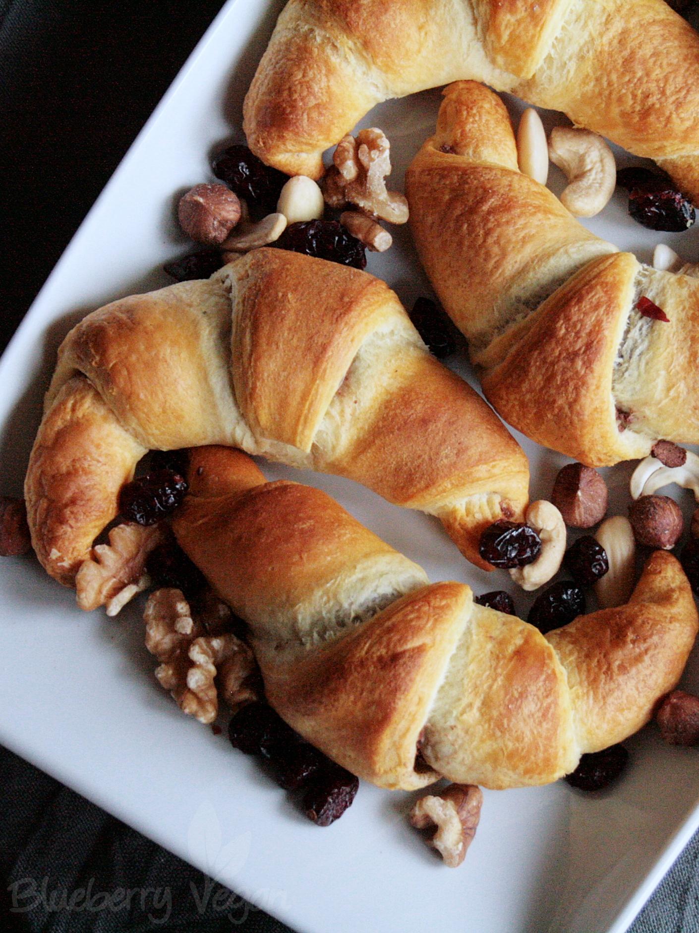 Schoko Nuss Croissants Mit Selbstgemachter Schokocreme Gefüllt