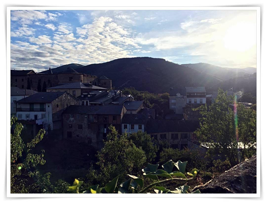 [cml_media_alt id='6853']http://www.blueberryvegan.com/mein-jakobsweg-von-ponferrada-nach-villafranca-del-bierzo/[/cml_media_alt]