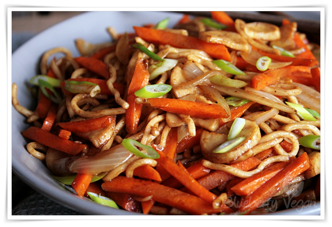 Chinese Fried Noodles as from your favorite Take Out ...