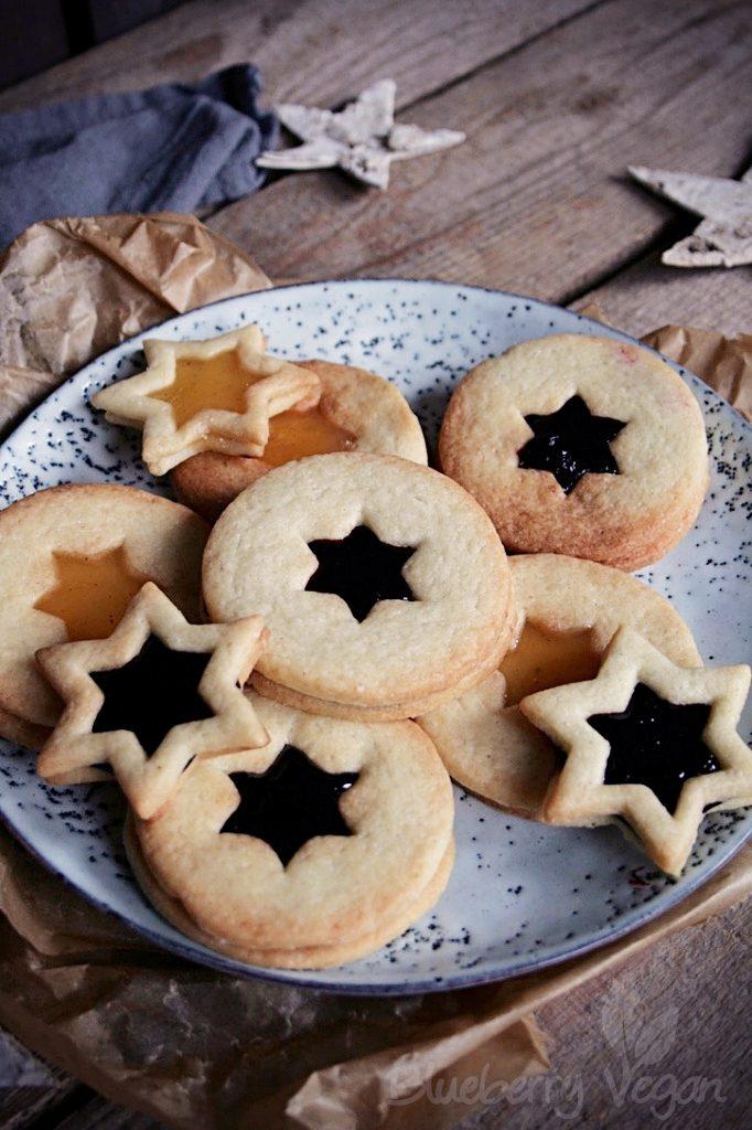 Aus der veganen Weihnachtsbäckerei: Spitzbuben
