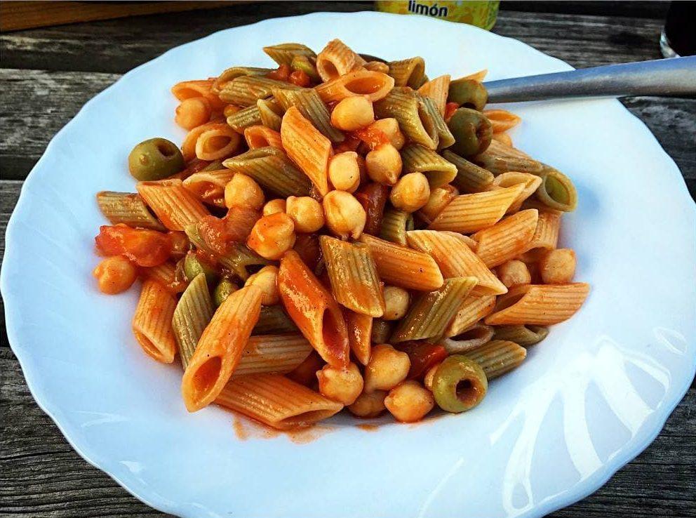 [cml_media_alt id='7016']Nudeln mit Kichererbsen in Tomatensauce[/cml_media_alt]