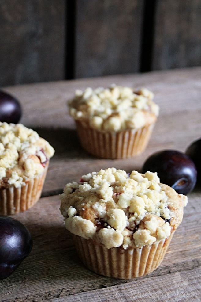 Plum Crumble Muffins