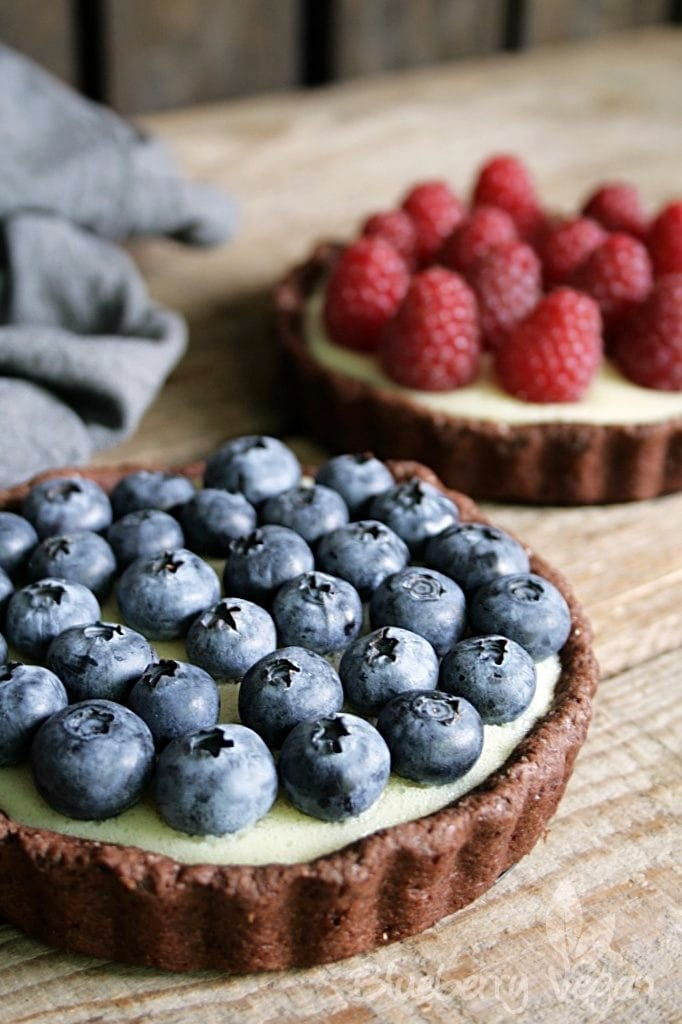 Chocolate Tartlets with Vanilla Pudding and Fresh Berries