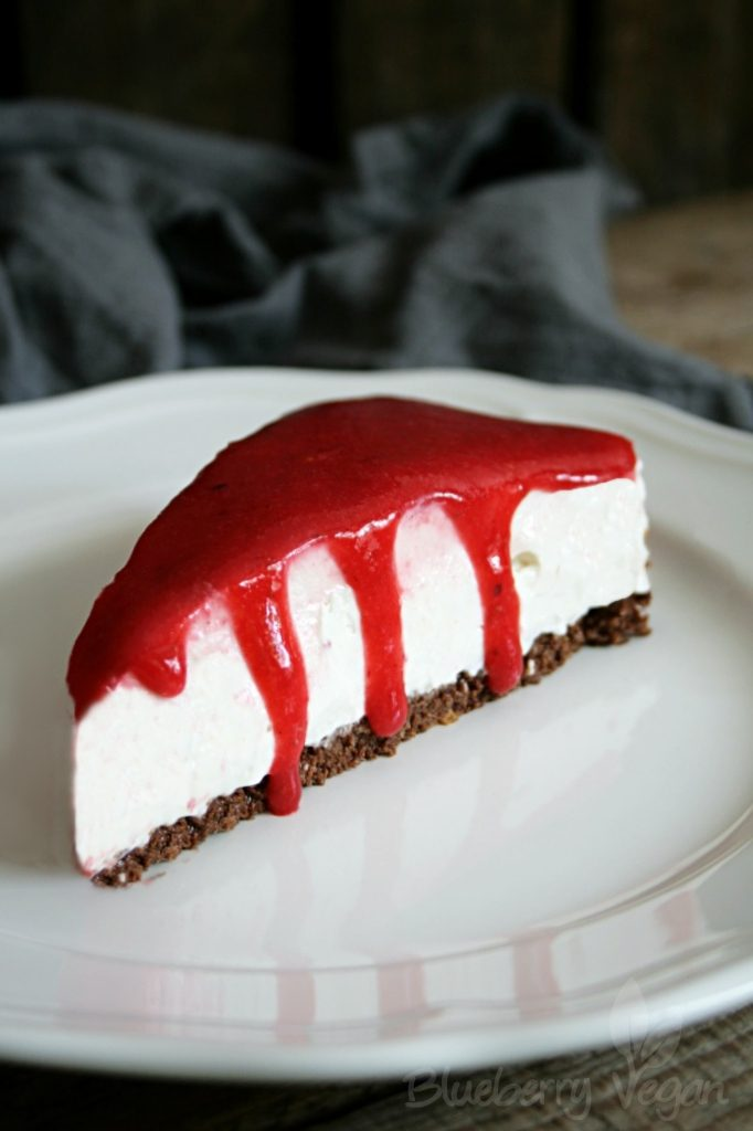 Vegan Cream Cheese Cake with Crispy Base and Fruit Sauce