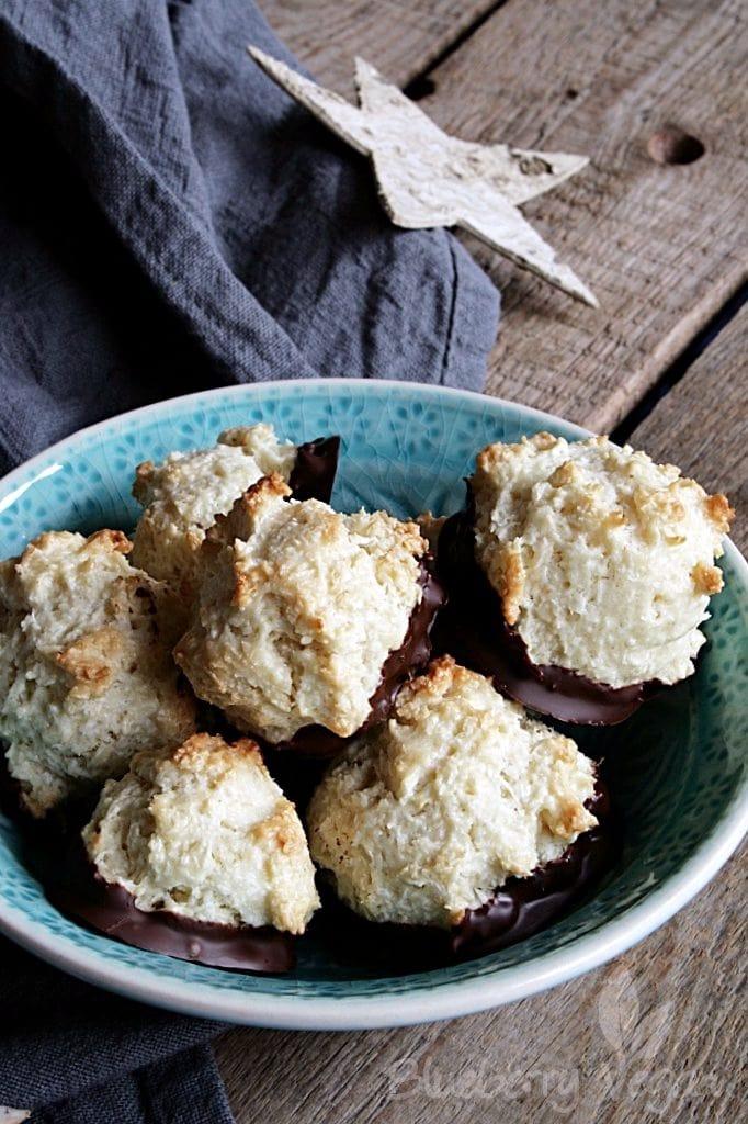 Vegan Christmas Baking: Coconut Macaroons