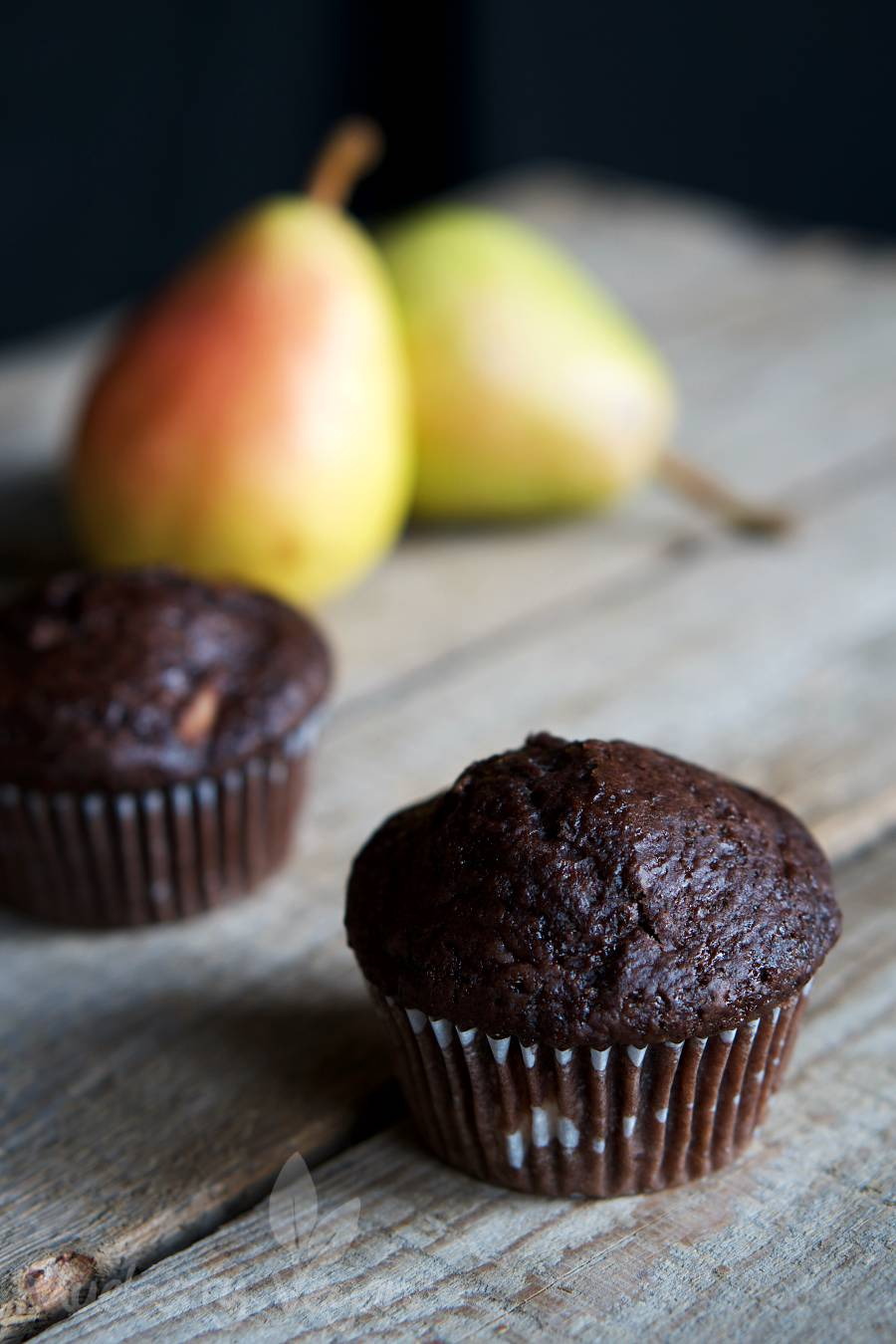 Juicy Chocolate Pear Muffins