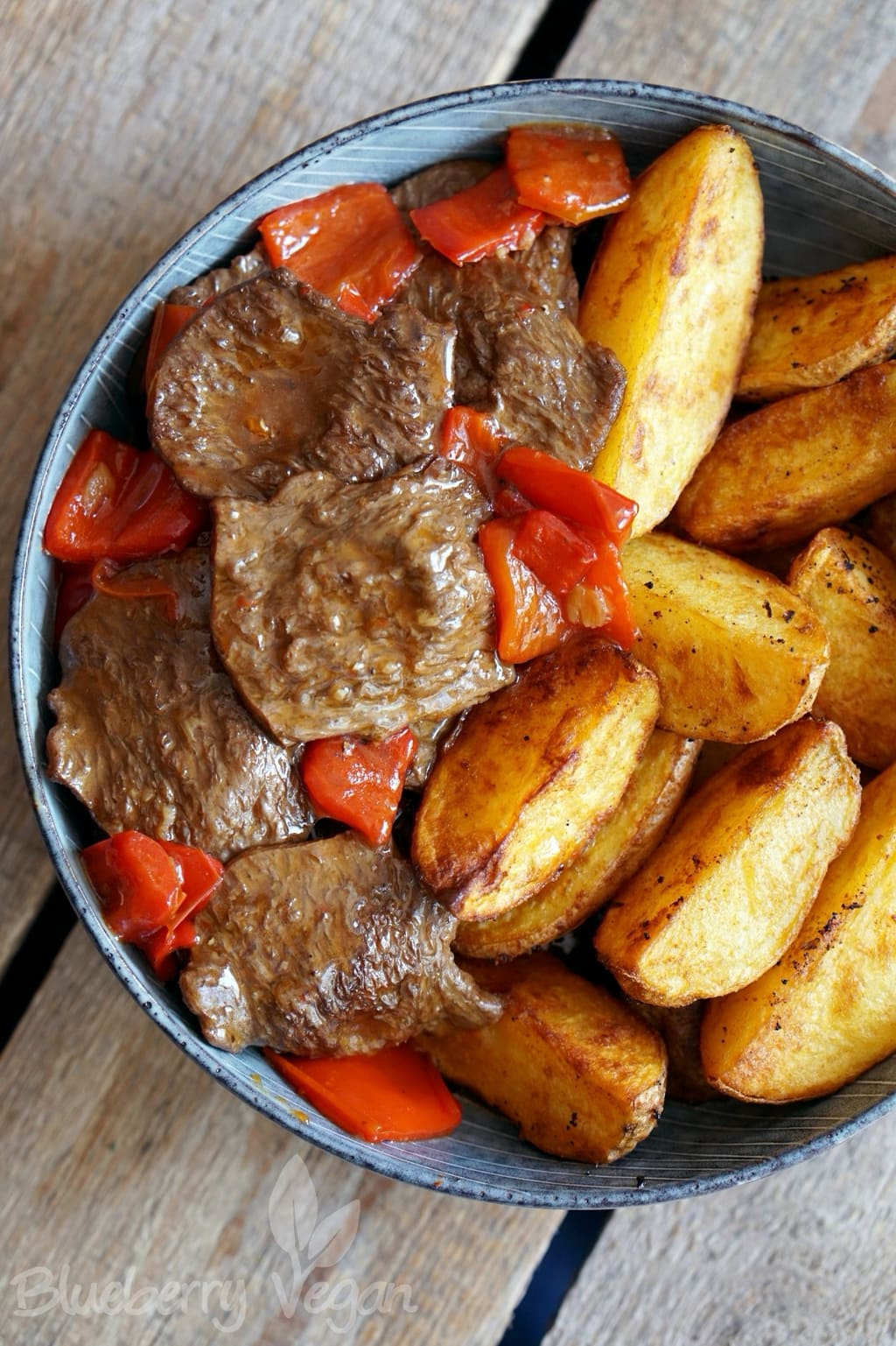 Braised Country Fillets with Spicy Potato Wedges